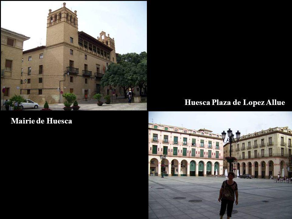 Mairie de Huesca Huesca Plaza de Lopez Allue