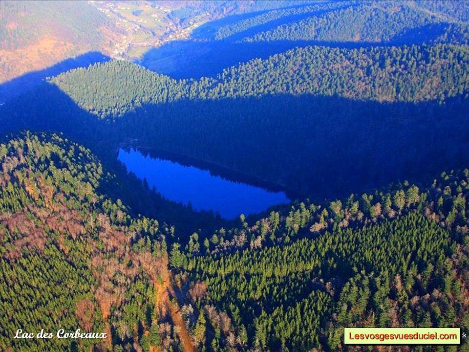 Lac des Corbeaux Lesvosgesvuesduciel.comLesvosgesvuesduciel.com