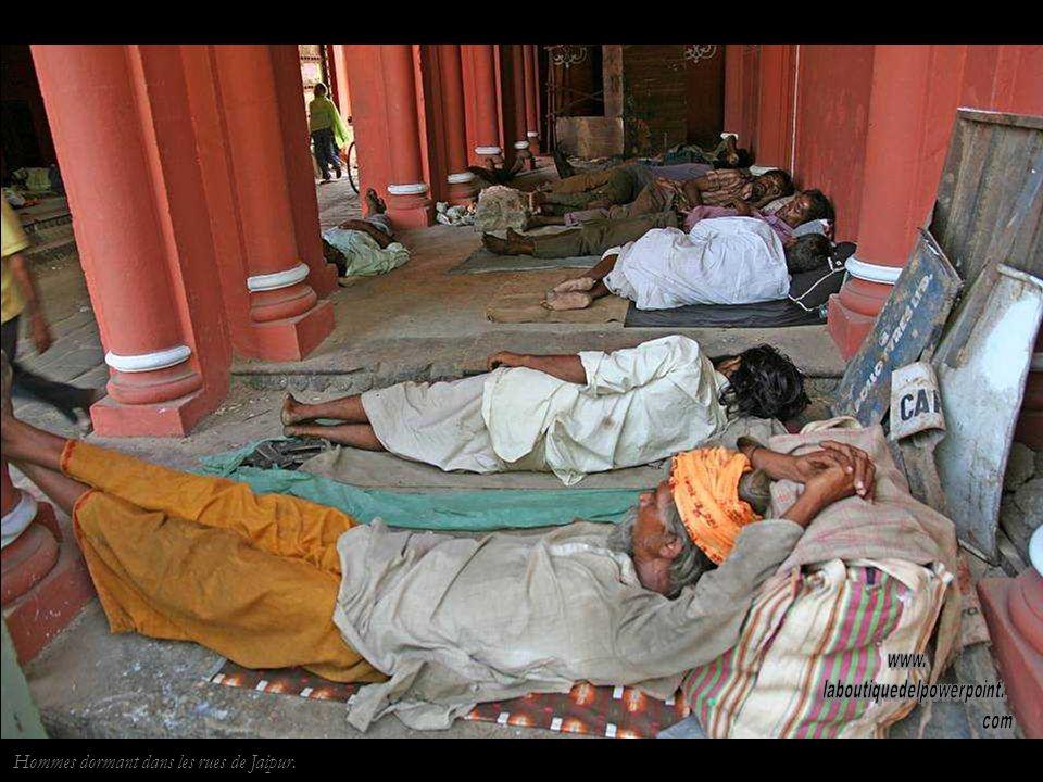 Jaipur.Sadu Jaïn Los Jaïns pratiquent une forme de non-violence externe.