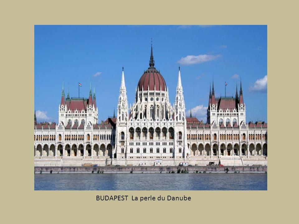 ESZTERGOM (Hongrie) Basilique Ste Adalbert