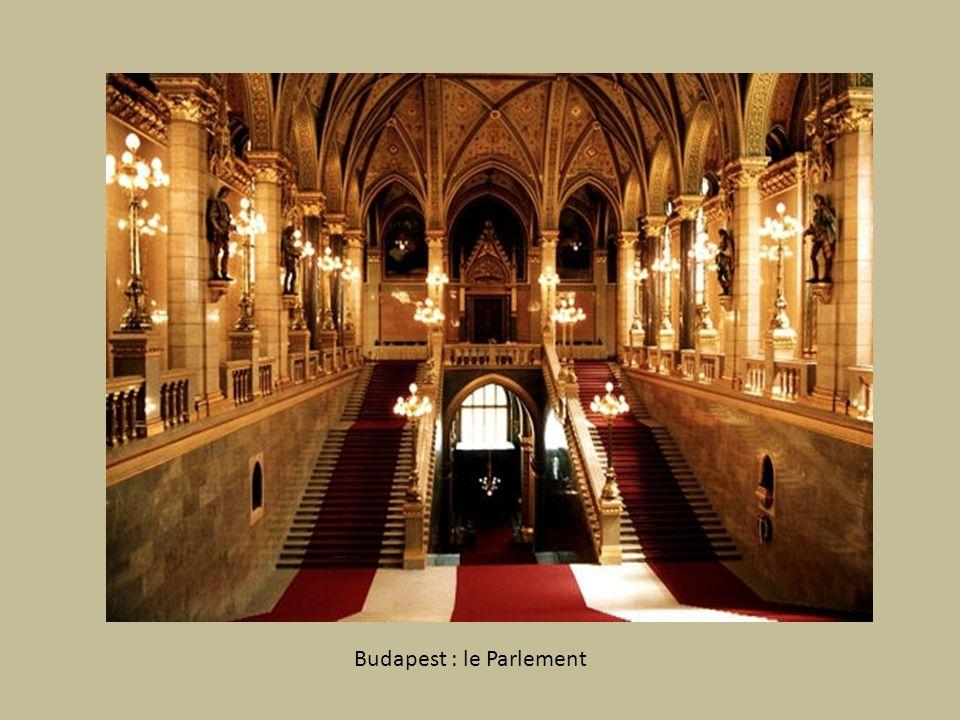 BUDAPEST La perle du Danube