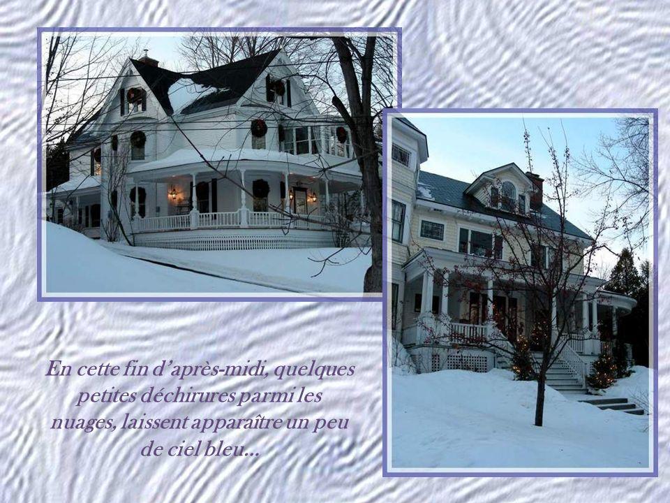 Quil est doux, quil est doux découter des histoires, Des histoires du temps passé, Quand les branches darbres sont noires, Quand la neige est épaisse et charge un sol glacé.