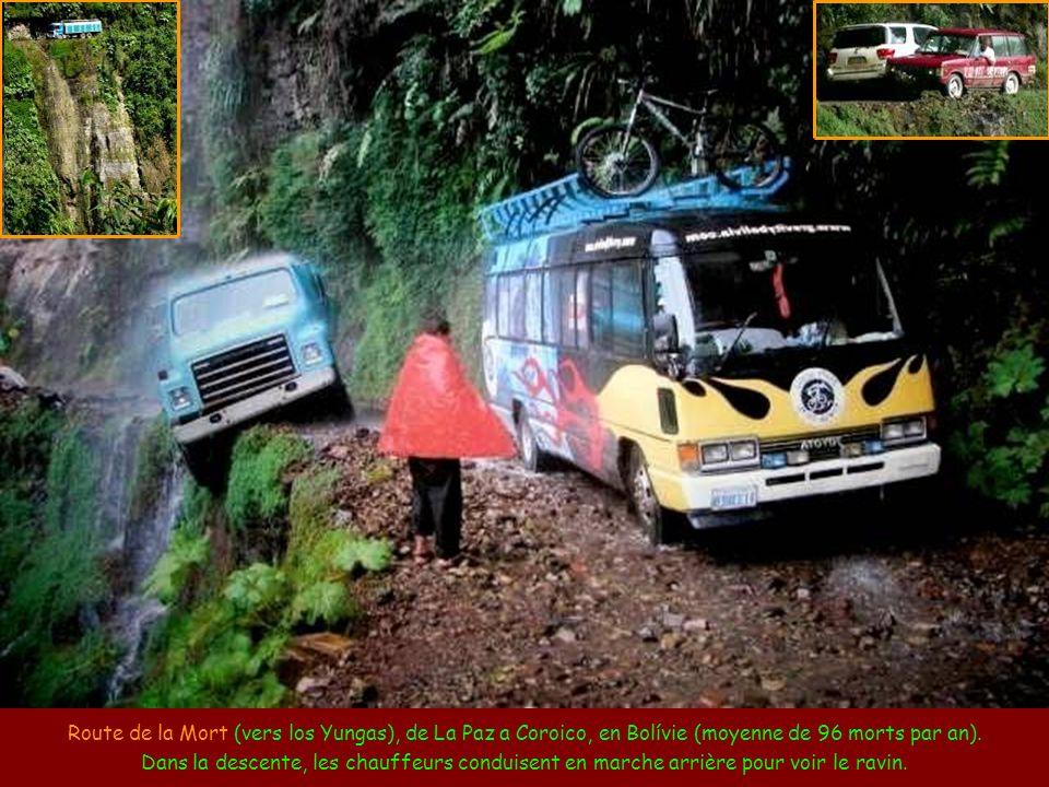 Route-tunnel de Guoliang, en Chine. Comme le village de Guoliang était isolé dans une vallée, 13 habitants ont percé un tunnel dans le rocher, à titre
