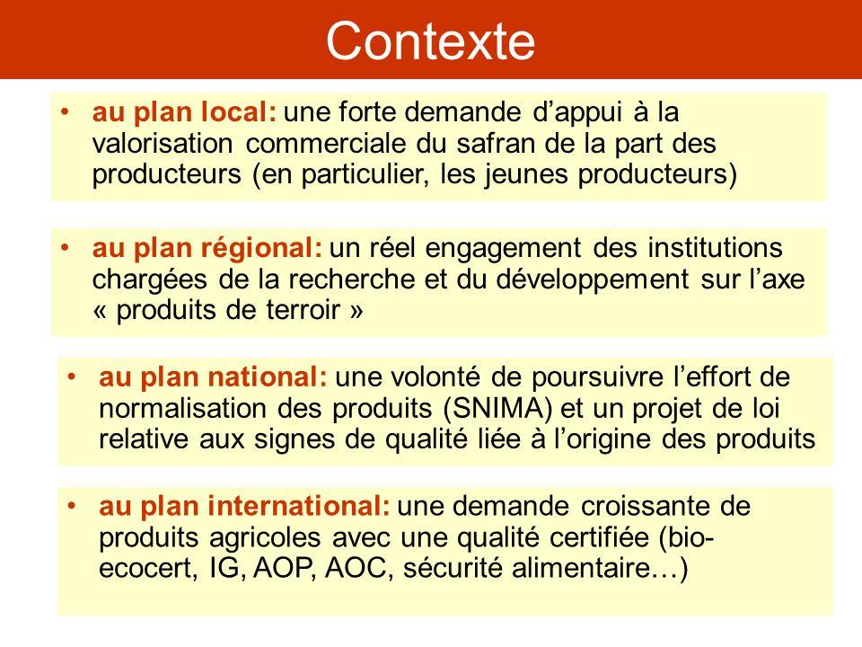 Une première action dappui à la filière safran … dont les particularités sont: Principales conclusions de létude une démarche concertée entre les divers acteurs de la filière (producteurs de safran, Associations Villageoises, ODECO, ORMVA, INRA, IAV, FAO, Ministère de lagriculture Maroc) un objectif commun: la valorisation commerciale du safran au plan national et sur le marché international un programme de recherche et développement préparé et mis en place dans le cadre dun partenariat INRA, ORMVA, FAO M&D