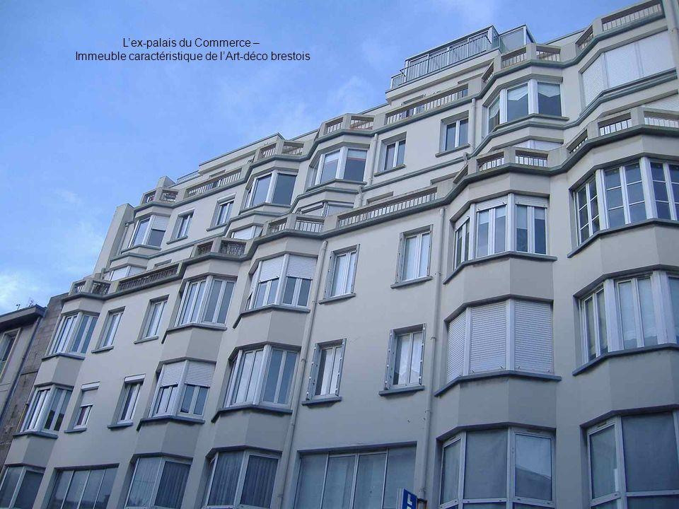 Léglise vue de la place Saint-Louis - Brest