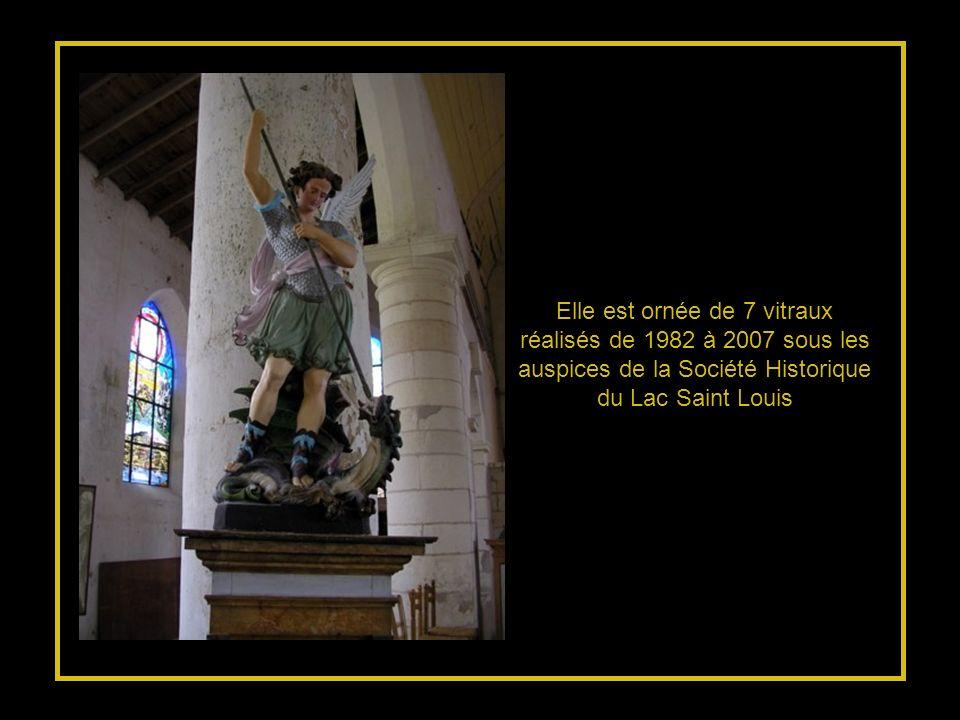 La première église Saint Pierre fut édifiée en 1608… Malmenée par les tempêtes, détruite sous la révolution, et toujours reconstruite… Elle est le Mém