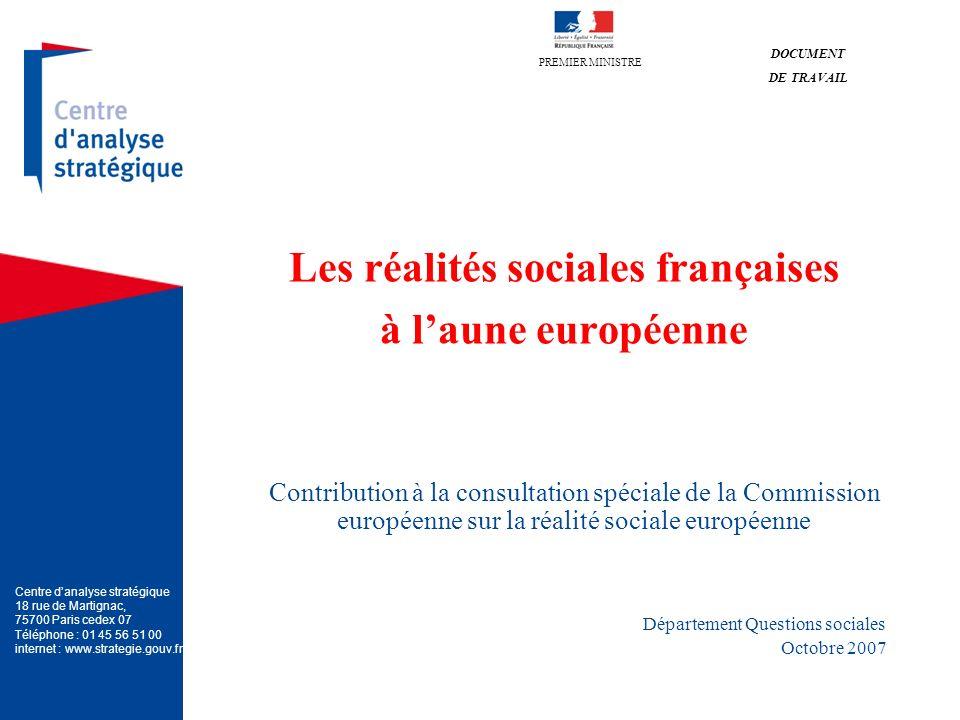 2 La consultation sur la « Réalité sociale de lEurope » de la Commission : construire ensemble un cadre commun de référence ------------------------------------------------------------------------------------- Mai 2006, une communication de la Commission sur le thème « Un projet pour les citoyens » : La Commission européenne propose de procéder à « un bilan détaillé de la réalité de la société européenne ».
