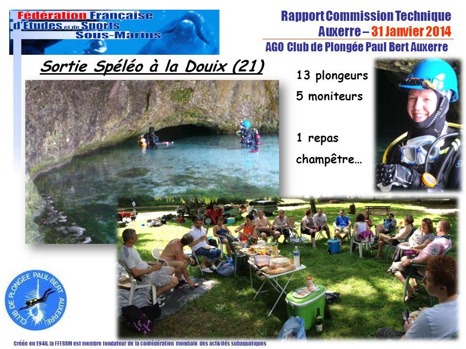 Rapport Commission Technique Auxerre – 31 Janvier 2014 Créée en 1948, la FFESSM est membre fondateur de la confédération mondiale des activités subaquatiques AGO Club de Plongée Paul Bert Auxerre Fabrice Sibella Sortie Spéléo à la Douix (21) 13 plongeurs 5 moniteurs 1 repas champêtre…