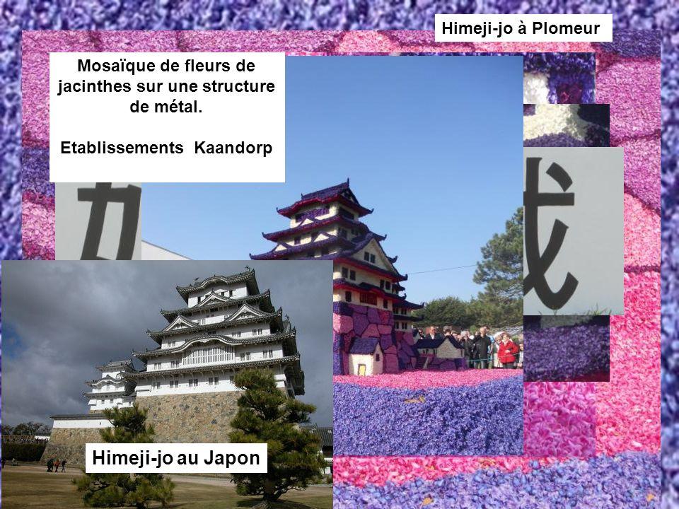 Himeji-jo au Japon Himeji-jo à Plomeur Mosaïque de fleurs de jacinthes sur une structure de métal. Etablissements Kaandorp