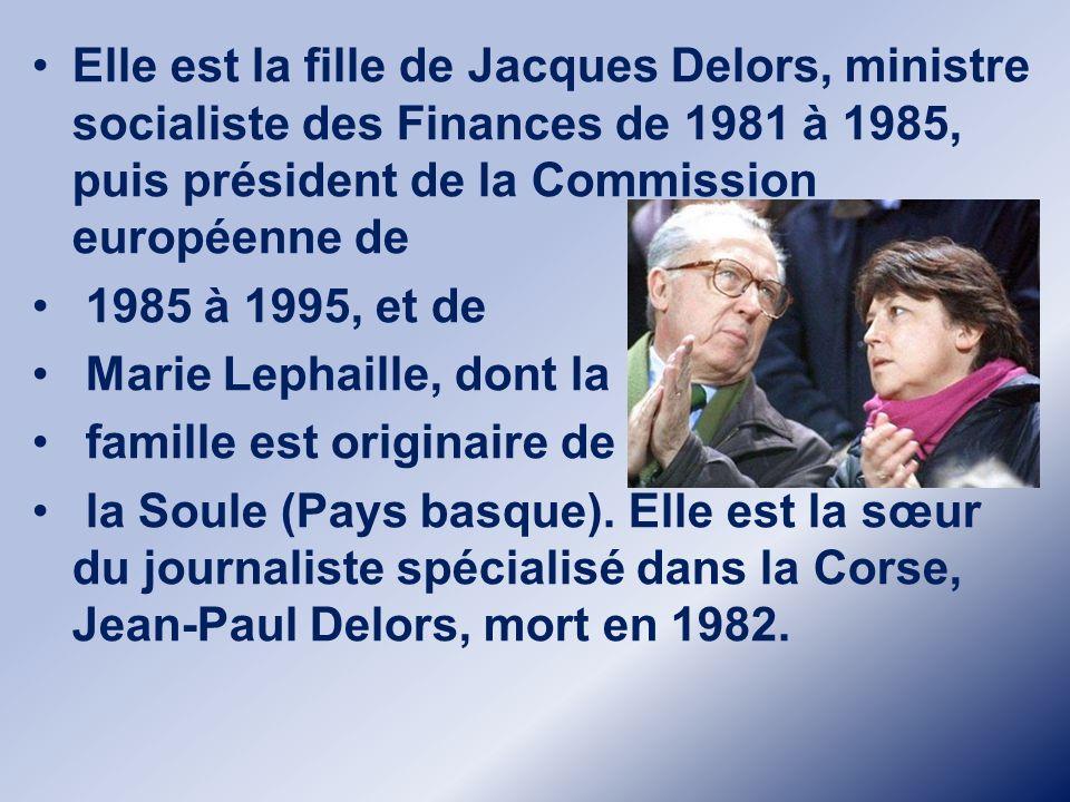 Martine Aubry, née Martine Delors le 8 août 1950 à Paris (XVII e ), est une femme politique française.Martine Aubry, née Martine Delors le 8 août 1950