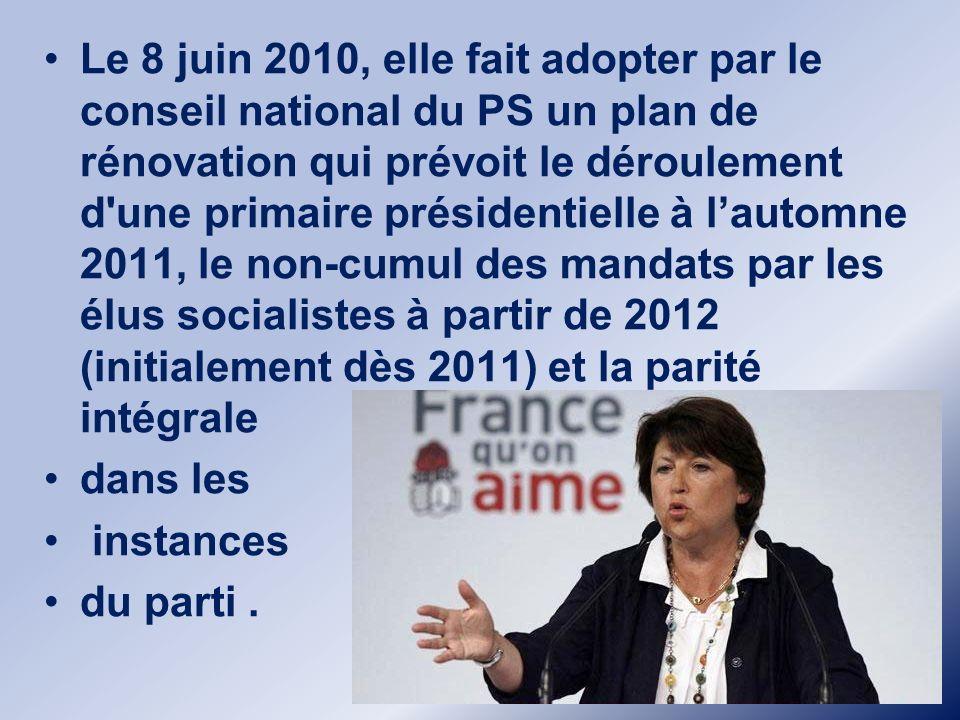 Maire de Lille depuis 2001 Martine Aubry est donc élue maire de Lille en 2001. Elle poursuit son ascension dans le Nord,mais reçoit une claque monumen