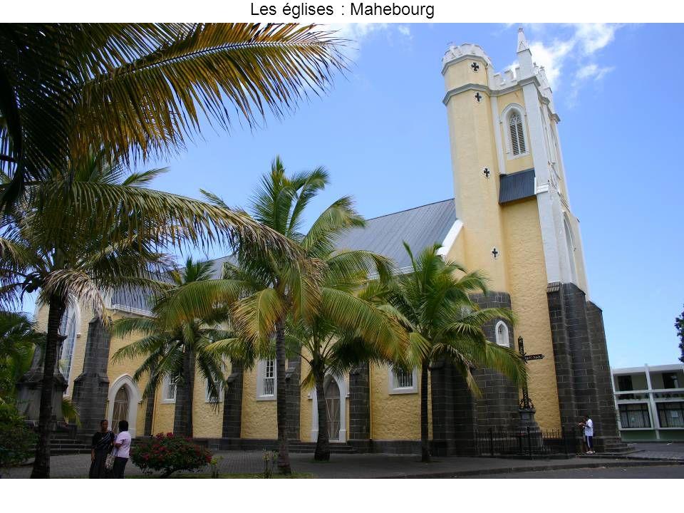 Les églises : Mahebourg