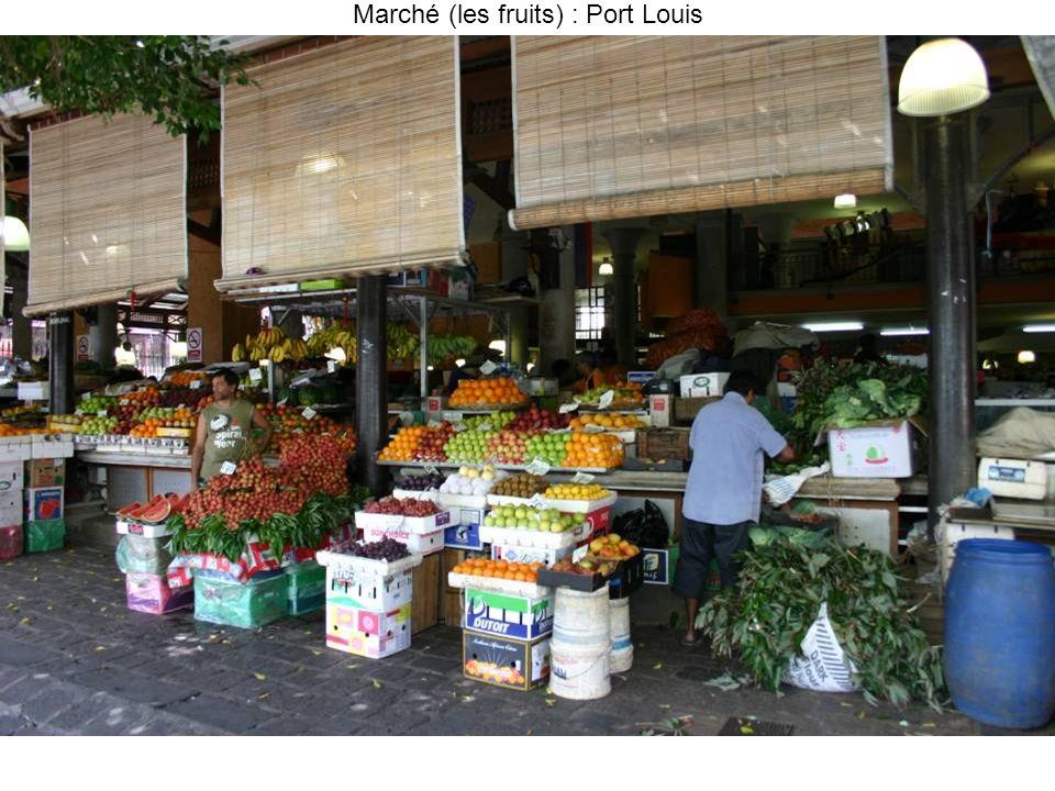Marché (les fruits) : Port Louis