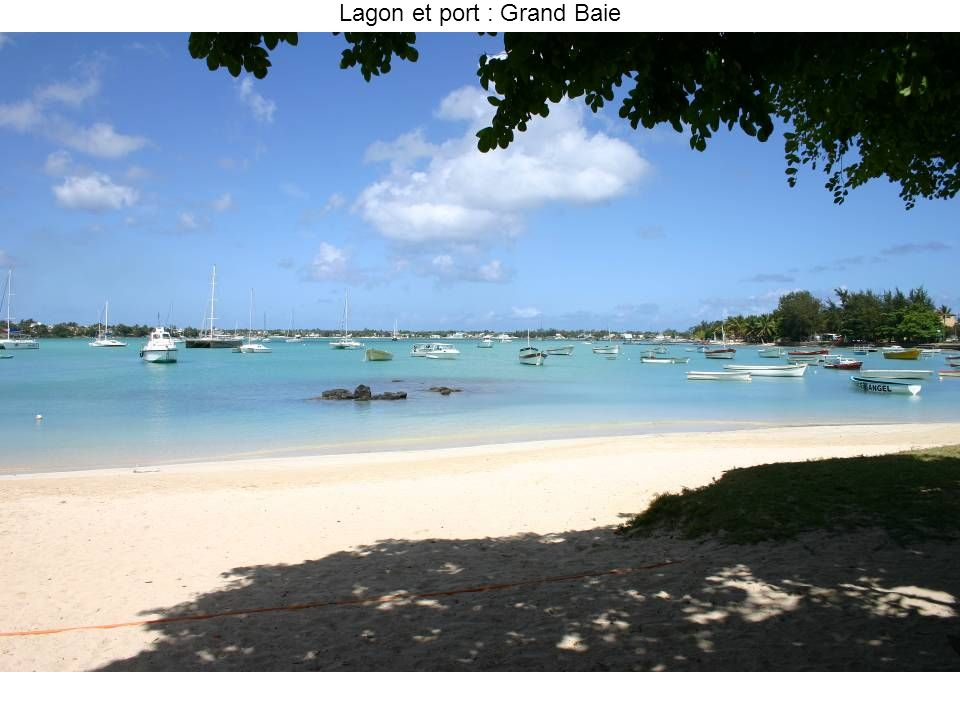 Lagon et port : Grand Baie