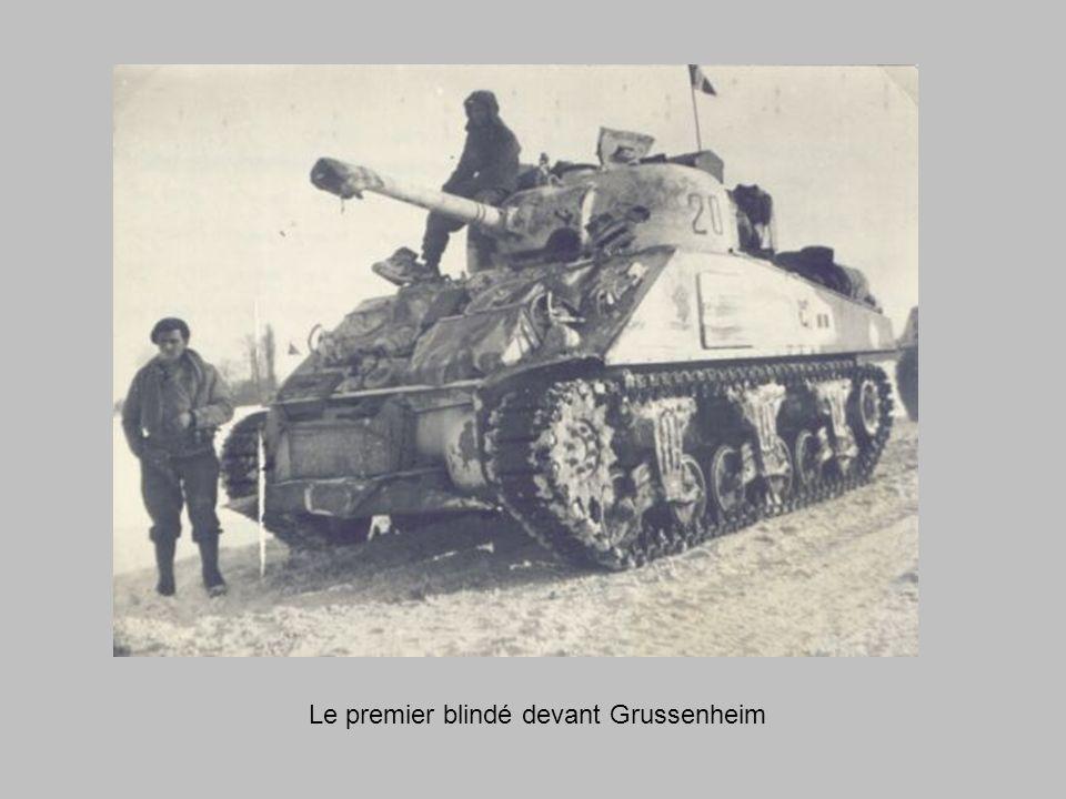 1er février 1945 Lescadron, à neuf chars, nettoie les bois qui séparent FORTSCHWIHR de NEUF-BRISACH.