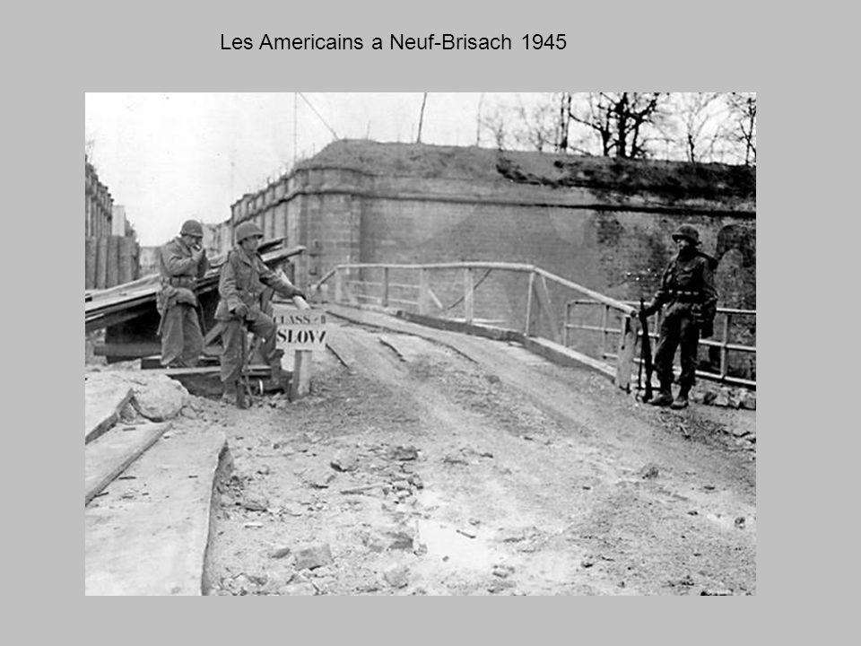 Neuf-Brisach porte de Strasbourg 1945