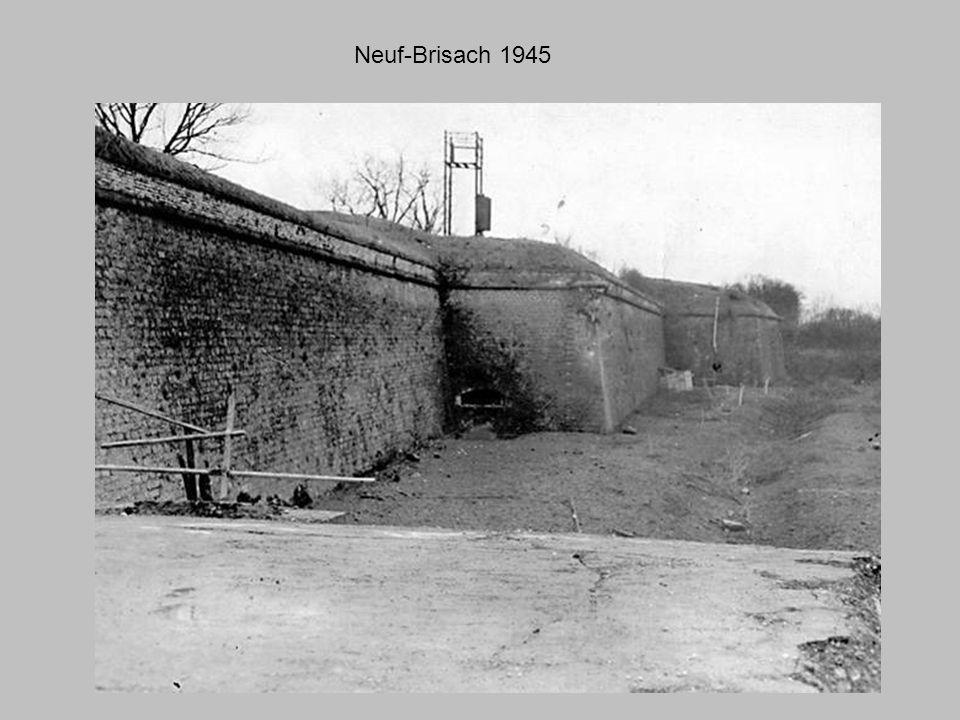 Neuf-Brisach Eglise Saint-Louis 1945