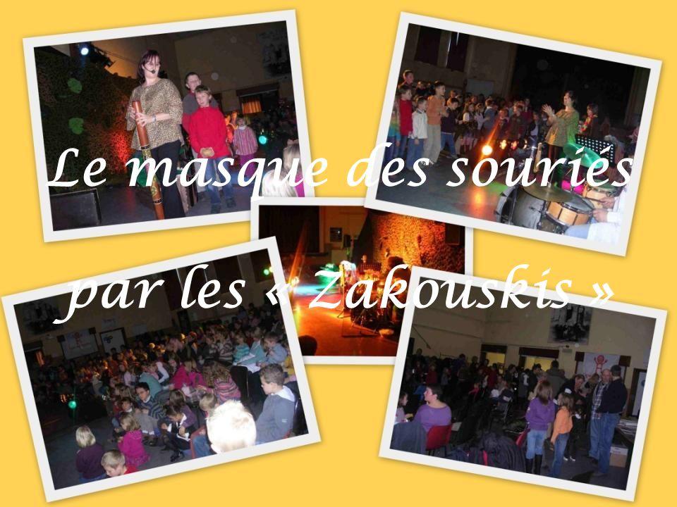 Théâtre à Housse le 5 janvier 2008 Organisation de la Ligue des familles et du Centre culturel de Blegny