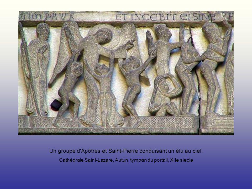 Un groupe d'Apôtres et Saint-Pierre conduisant un élu au ciel. Cathédrale Saint-Lazare, Autun, tympan du portail, XIIe siècle