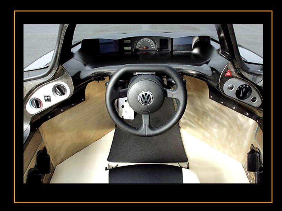 Cette voiture n'est pas un jouet et est prête à être lancé à Shanghai en Chine cette année La voiture monoplace aérodynamique de marque VW (Volkswagen