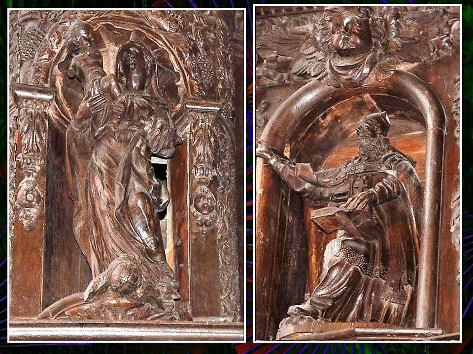 Baptistère (1675) : véritable merveille en chêne sculpté, somptueux et varié dans un décor de « bas-reliefs », de guirlandes, rosa- ces et motifs de t