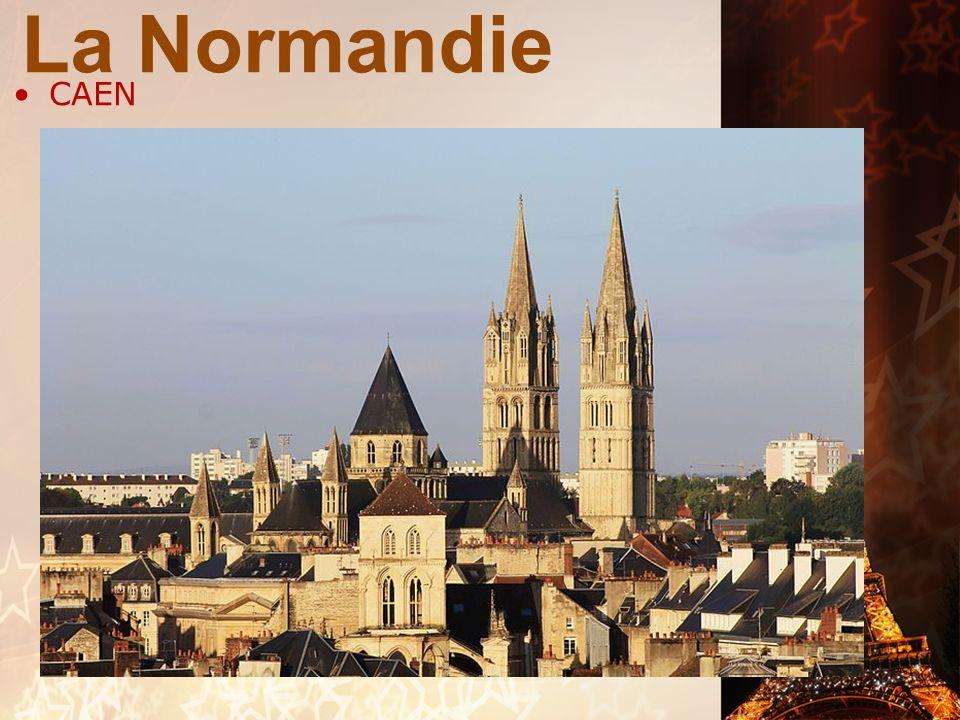 RÉGION DE LA FRANCE VILLES /LIEUX IMPORTANTS: Rouen: chef lieu de la région Haute- Normandie. Une ville hétérogène par les maisons qui datent du XIIIe