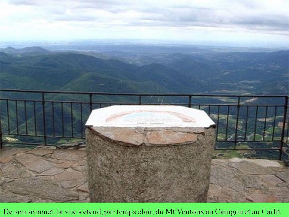 Le Mont CAROUX Et la légende de CEBENNA, la « femme couchée » Pour les biterrois, le Mt CAROUX, vu de BEZIERS, cest CEBENNA, la « femme couchée ».