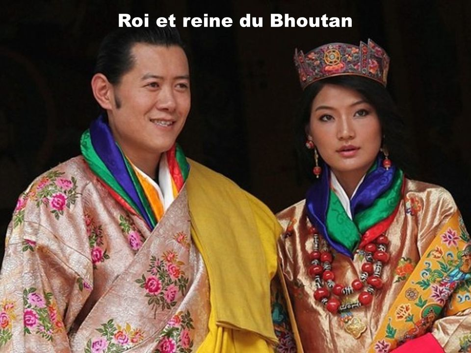 Langue officielle: Le dzongkha Capitale: Thimphou Forme de létat: Monarchie constitutionnelle Superficie: 47,000 km2 Population: 708,500 habitants Mon