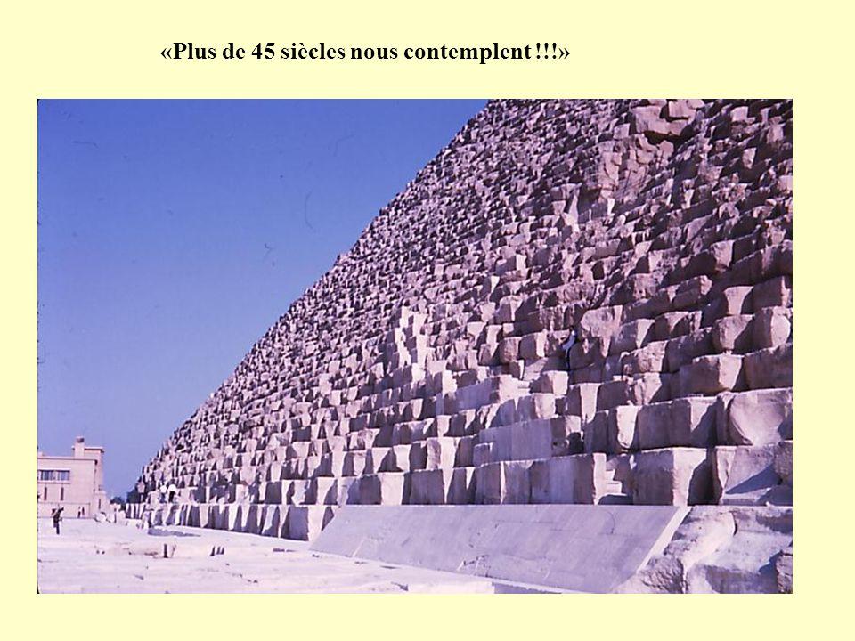 Pyramides de GISEH (Près DU CAIRE) KHEOPS – KHEPHREN - MYKERINOS