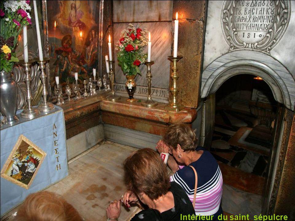 Entré au saint Sépulcre