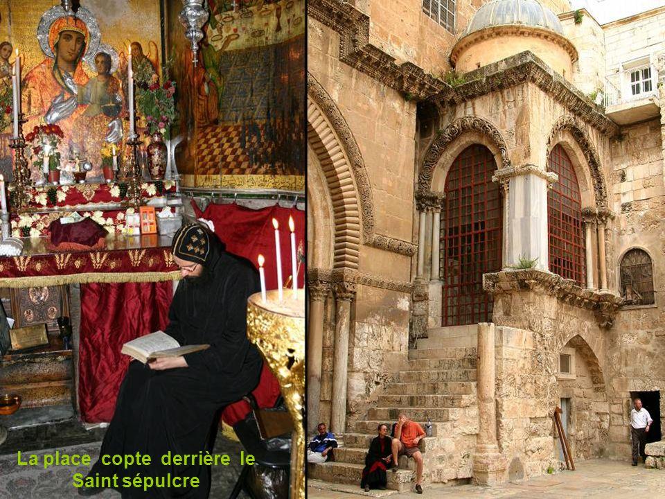 Intérieur du saint sépulcre