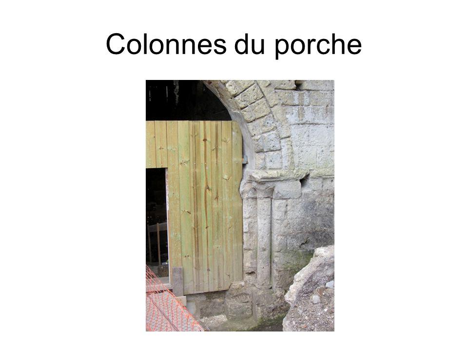Colonnes du porche