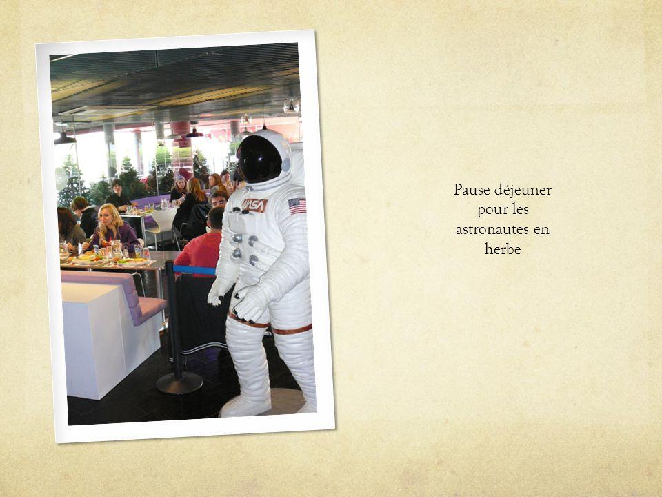 Pause déjeuner pour les astronautes en herbe