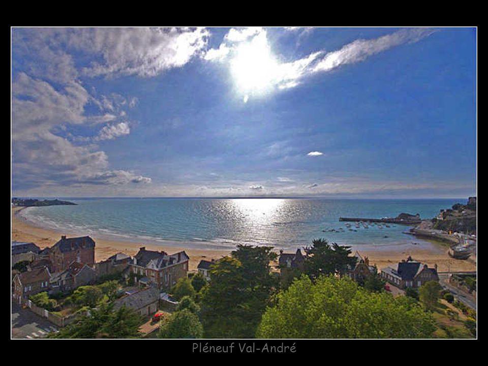 Port-Blanc : Chapelle Notre-Dame
