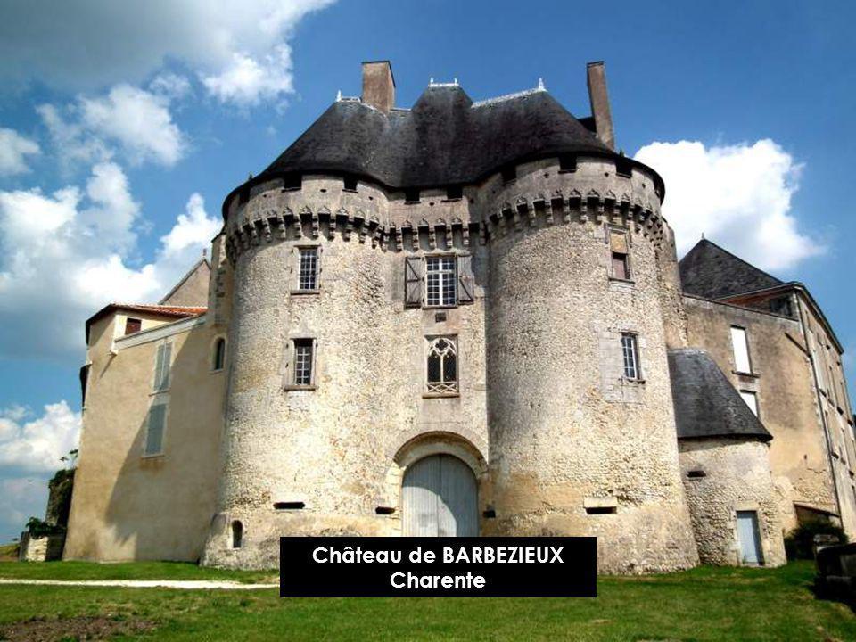 Château de BALZAC, Charente