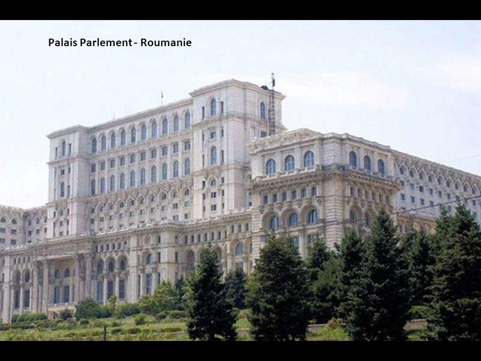 Palais des Papes - France