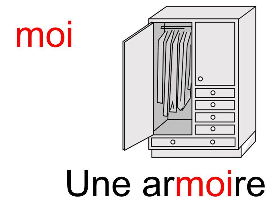 moi armoire Une armoire