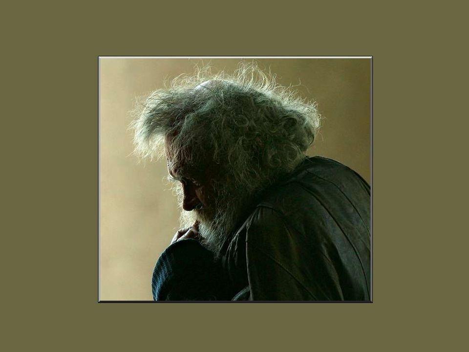 Je trouve quil est terrible d allonger la vie en prolongeant seulement la vieillesse.