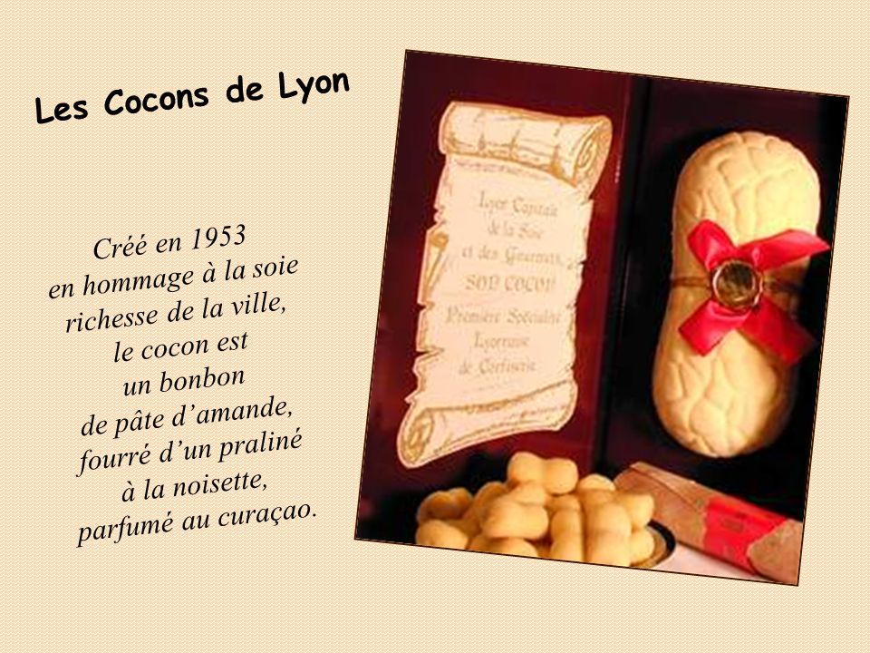En 1887, un confiseur de Douai versa sur du caramel un reste de café à la chicorée. Après refroidissement il saperçut que le cœur était resté tendre.