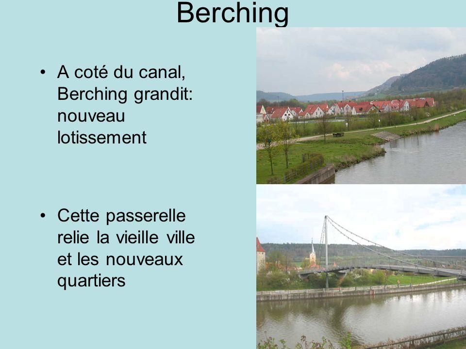Berching A coté du canal, Berching grandit: nouveau lotissement Cette passerelle relie la vieille ville et les nouveaux quartiers