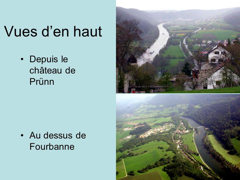 Vues den haut Depuis le château de Prünn Au dessus de Fourbanne