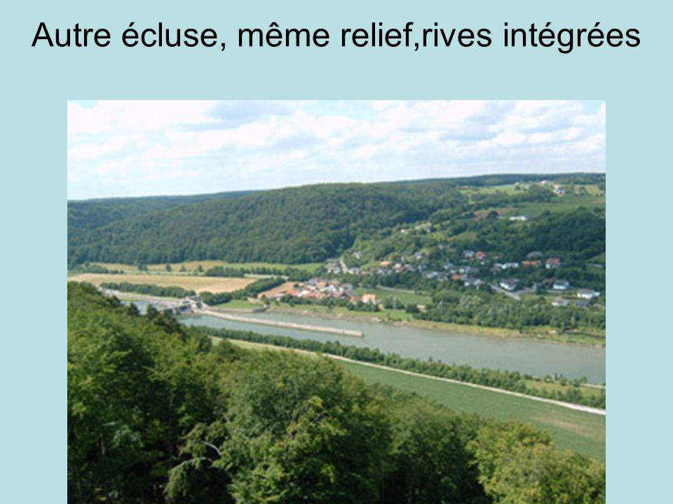 Altmühl avant jonction 15km avant jonction et après la pluie (petite crue) Le lendemain 5Km avant jonction et 25 mètres de large, le Doubs ne fait pas moins de 85 mètres
