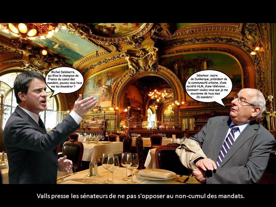 Valls presse les sénateurs de ne pas s'opposer au non-cumul des mandats.