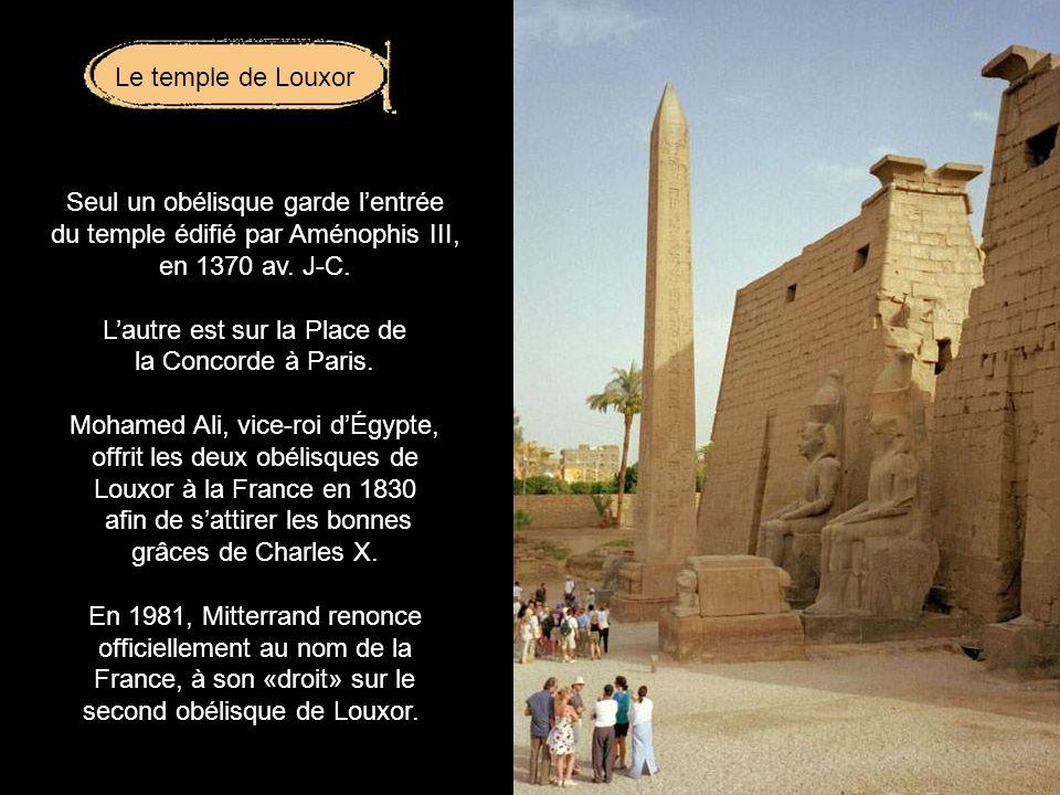 Le sphinx au corps de lion fut façonné dans un seul bloc monumental vers 2590 avant J-C.