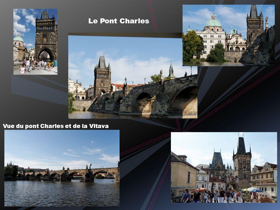 Eglise Saint Nicolas à Staré Mésto Le baroque sobre de Notre Dame de la Victoire