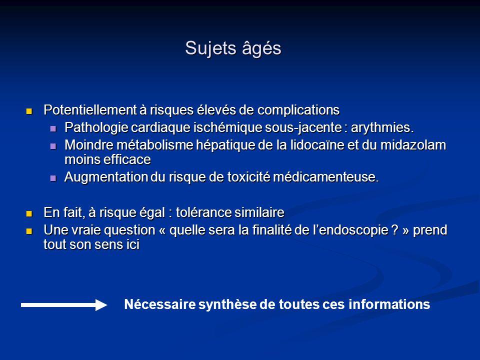 Sujets âgés Potentiellement à risques élevés de complications Potentiellement à risques élevés de complications Pathologie cardiaque ischémique sous-j