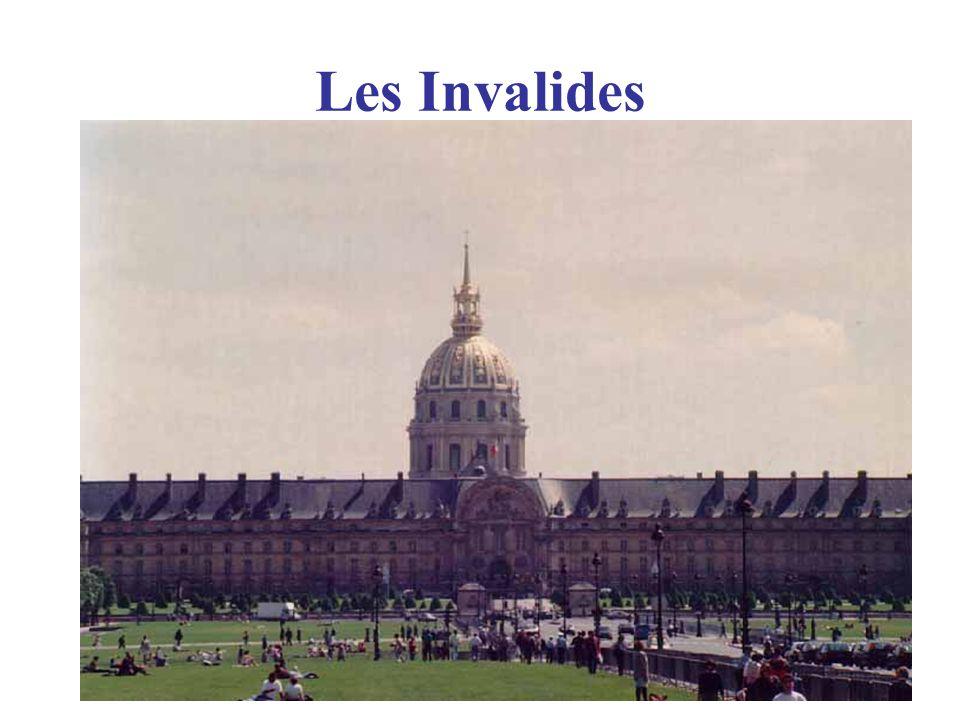 La Seine Rive Droite (Right Bank ) Rive Gauche (LeftBank ) 20 Arrondissements