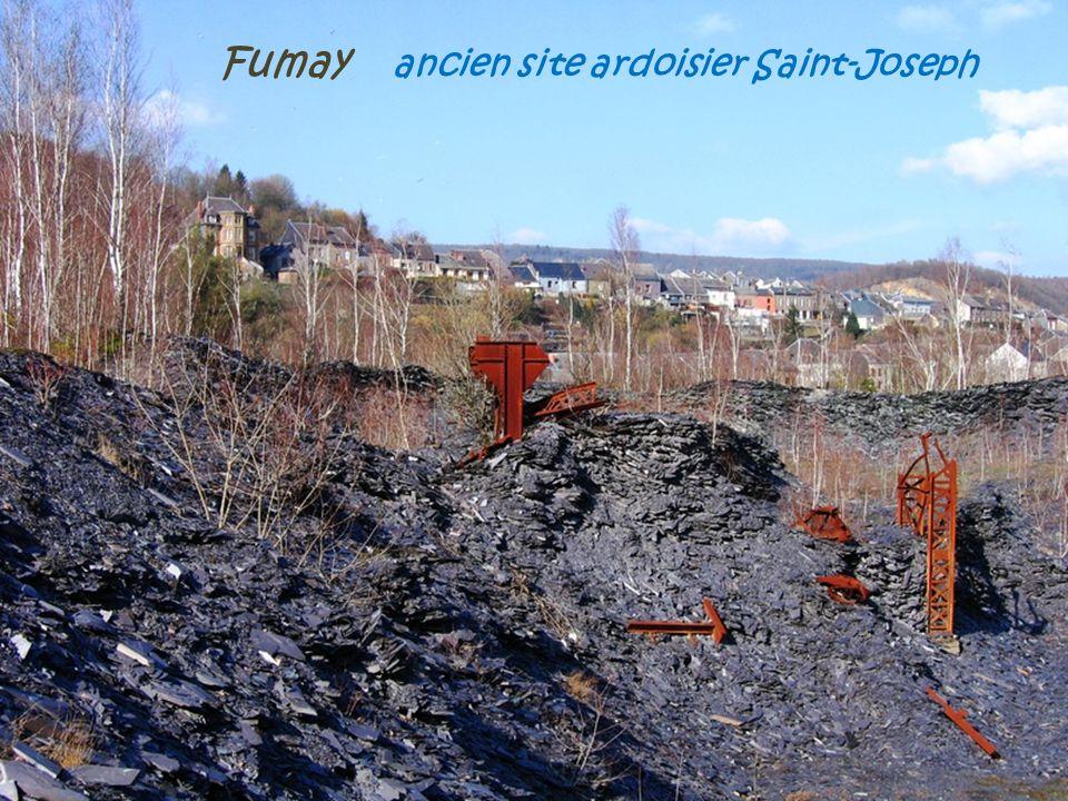 Fumay Anciennes usines Pied-Selle et la cité ouvrière, vers 1910