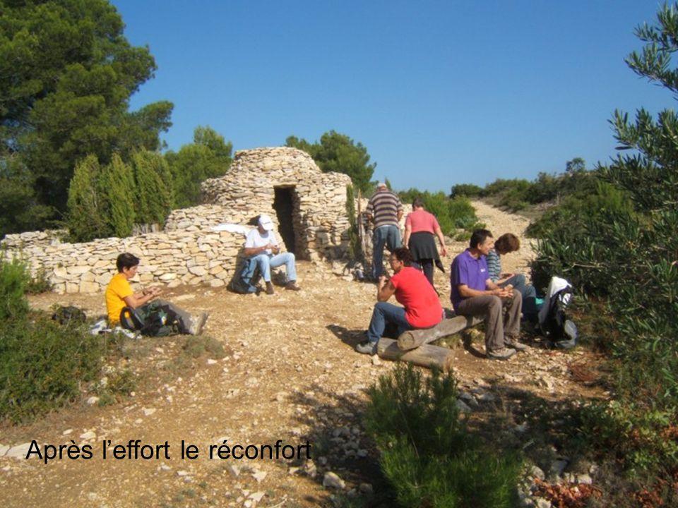 Vue sur le village dAramon