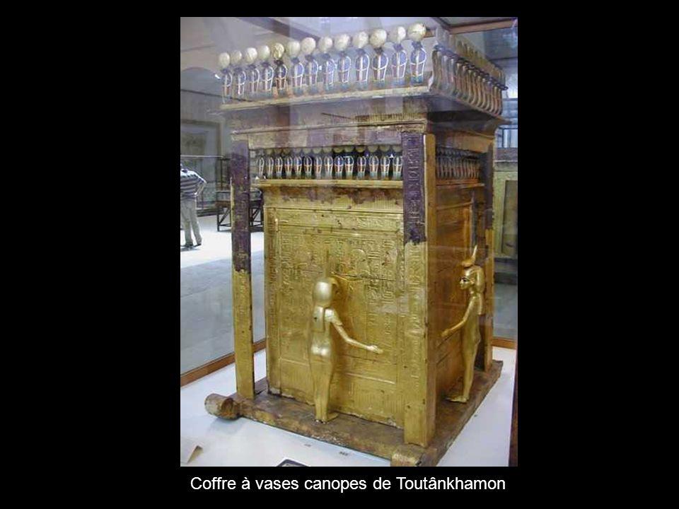 Coffre à vases canopes de Toutânkhamon